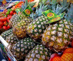 pinyes-fruites-i-verdures-celi-fruits-